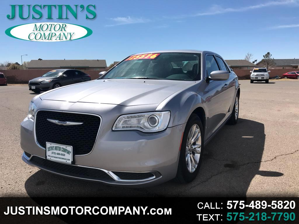 2017 Chrysler 300 Limited RWD