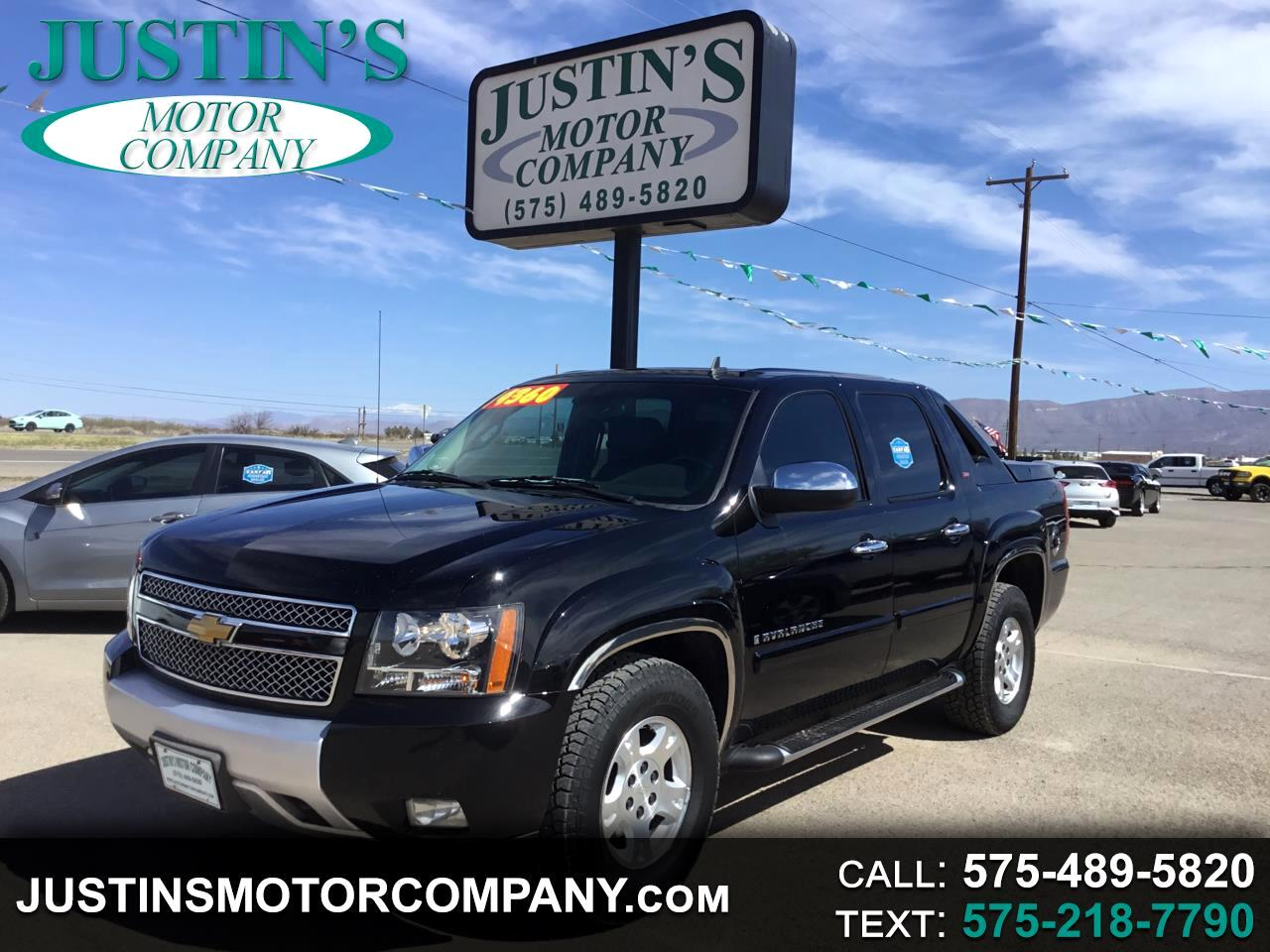 "2009 Chevrolet Avalanche 2WD Crew Cab 130"" LT w/2LT"