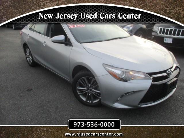 2017 Toyota Camry 2014.5 4dr Sdn I4 Auto LE (Natl)