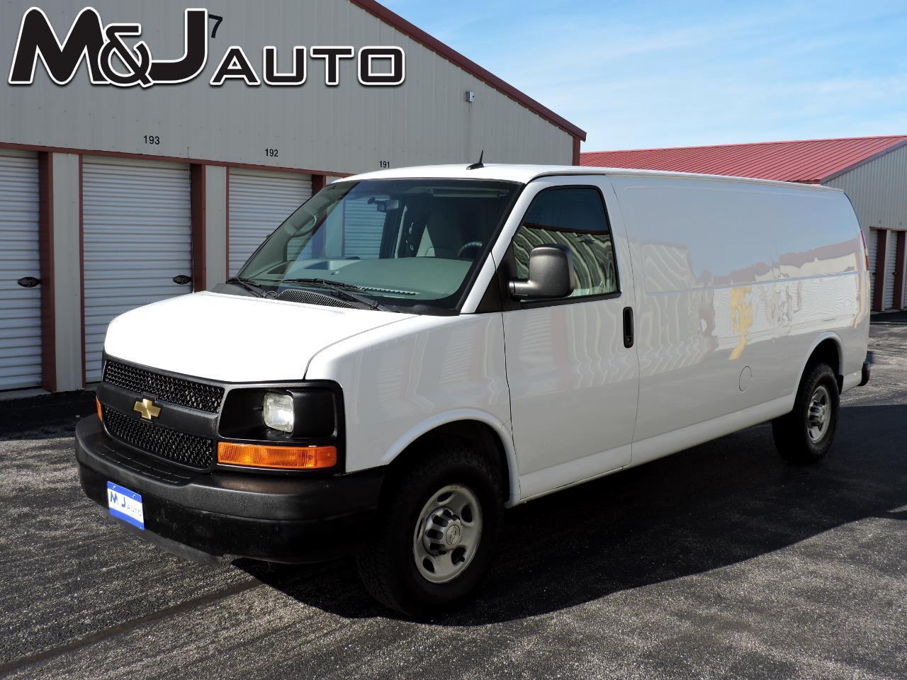 """Chevrolet Express Cargo Van RWD 2500 155"""" 2015"""