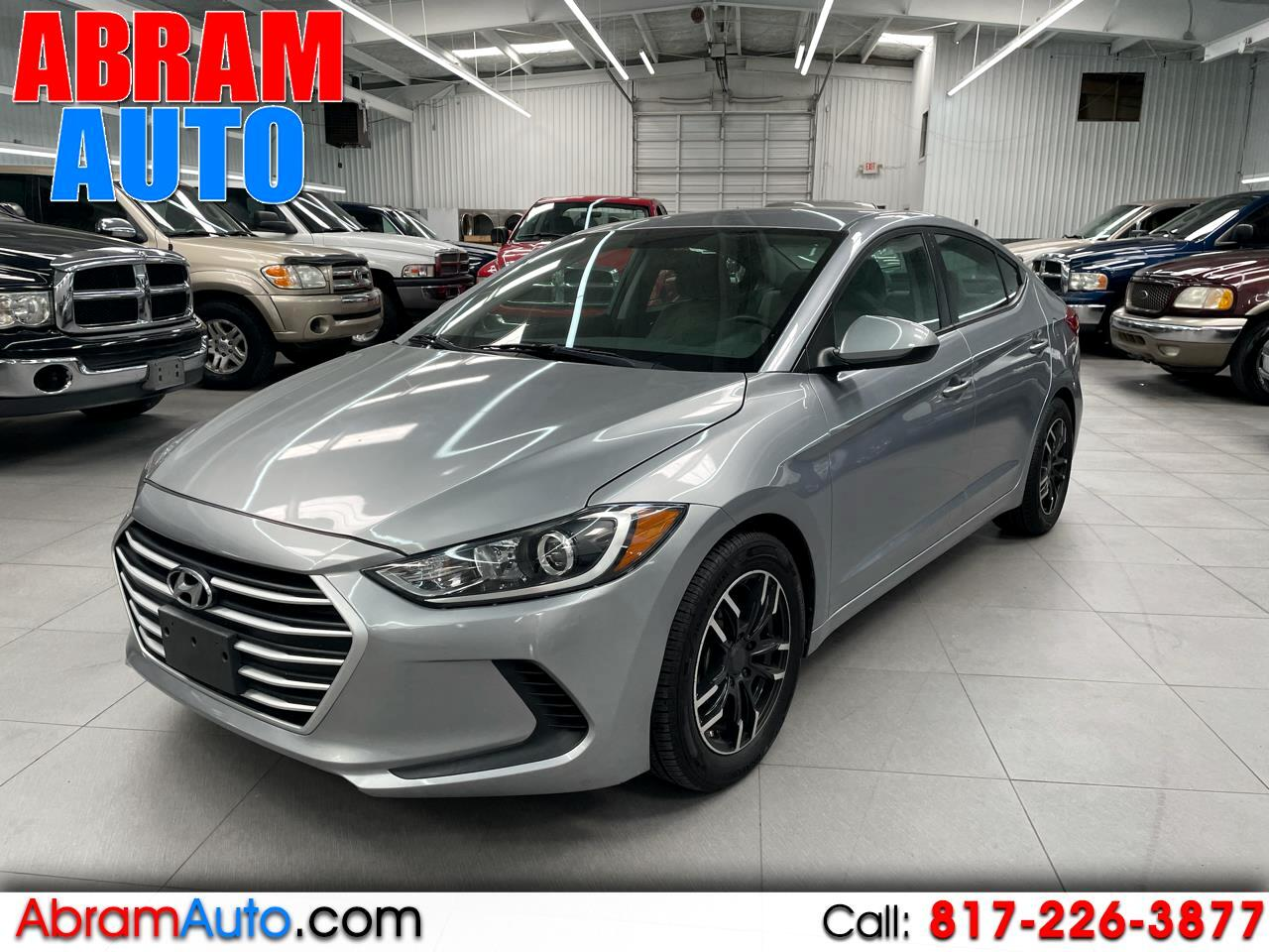 Hyundai Elantra SE 6AT 2017