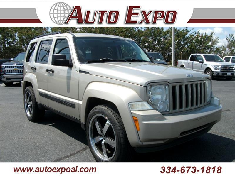 Jeep Liberty Sport 2WD 2010