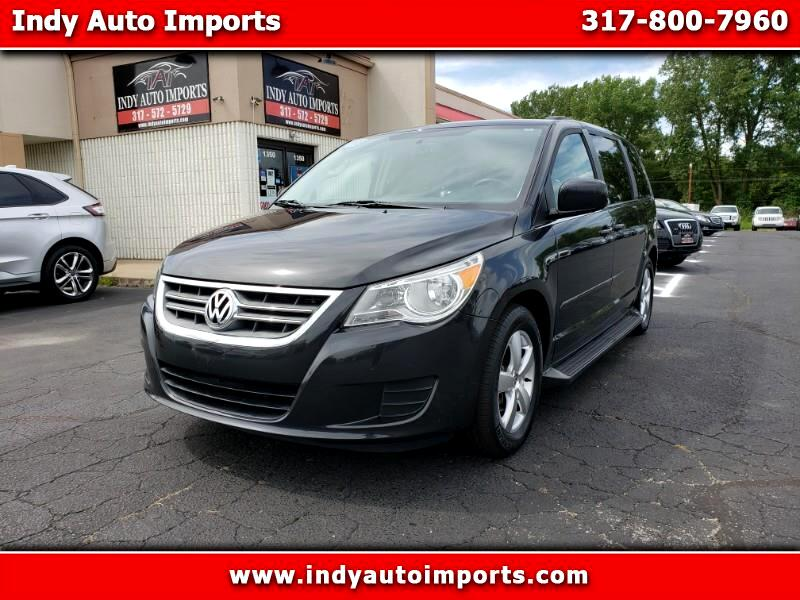 2011 Volkswagen Routan SE ***APPOINTMENT ONLY***