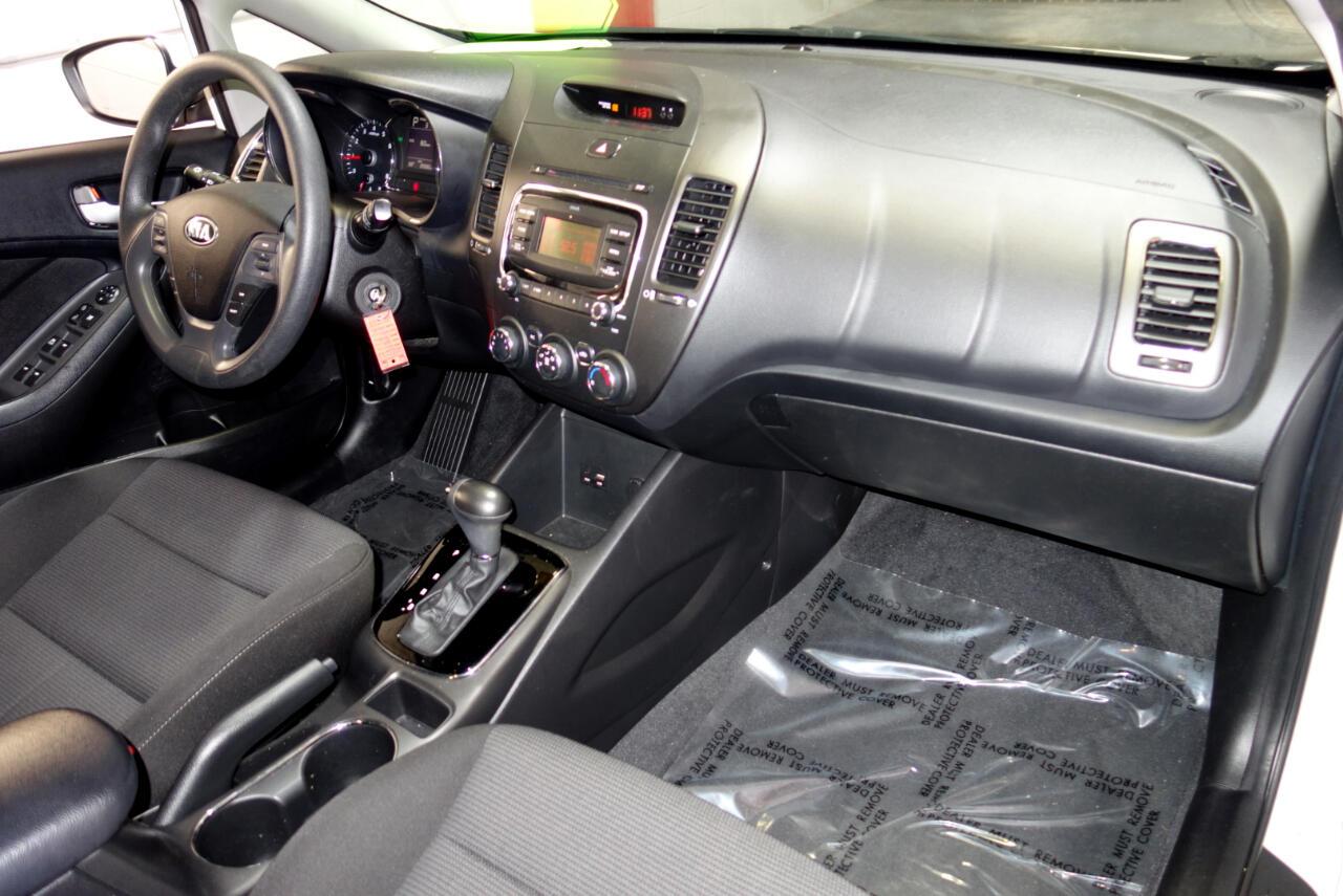 2017 Kia Forte LX Auto