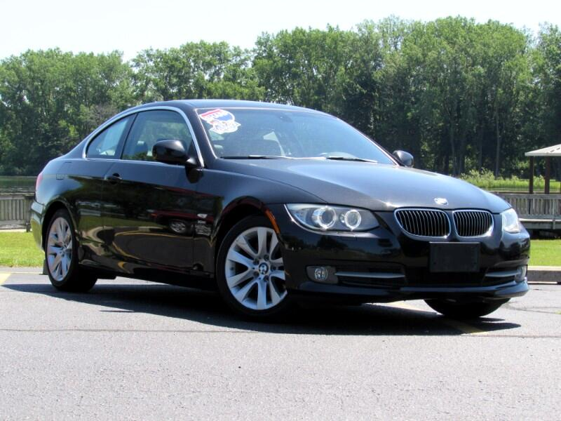 BMW 3-Series 328i xDrive Coupe 2011