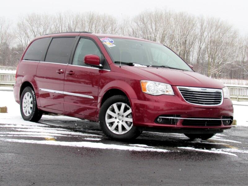 2014 Chrysler Town /& Country Touring Touring L Limited S Model Sales Brochure