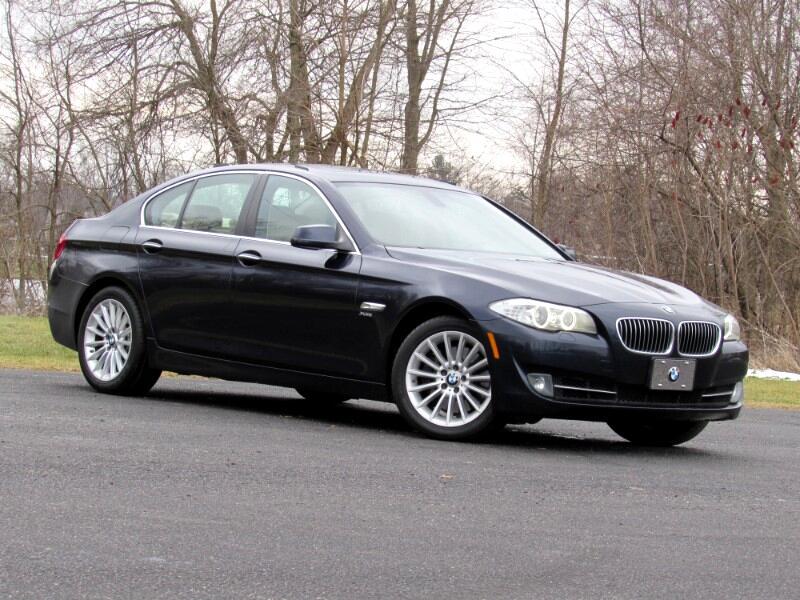 BMW 535i xDrive Base 2012