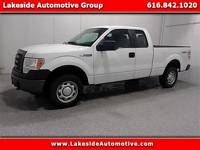 2011 Ford 150 XL SuperCab 8-ft. Bed 4WD