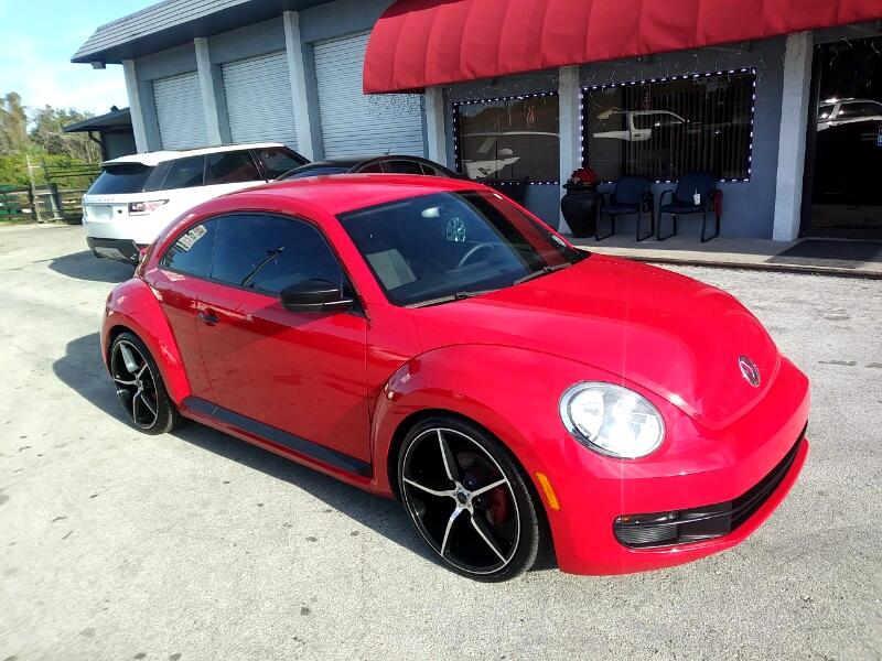 2012 Volkswagen New Beetle Coupe 2dr 2.5L Auto