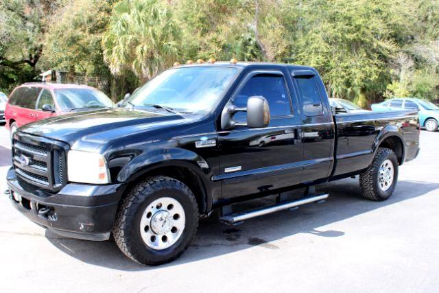 2006 Ford F-250 SD XLT SuperCab 2WD