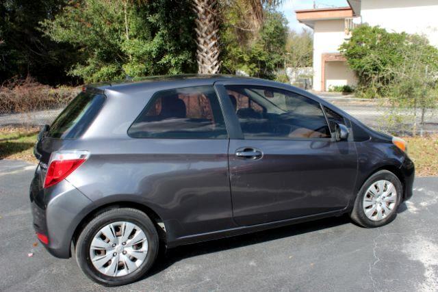 Toyota Yaris LE 3-Door AT 2014