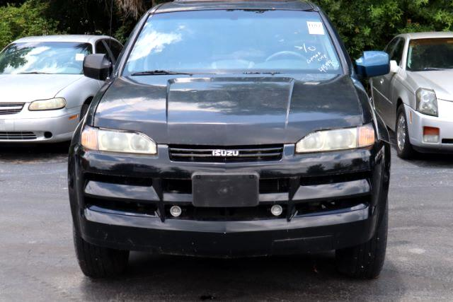 Isuzu Axiom Base 4WD 2002
