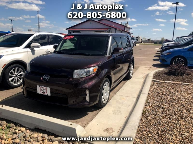 2015 Scion xB 5-Door Wagon 5-Spd MT