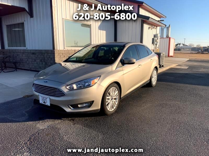 Ford Focus Titanium Sedan 2018