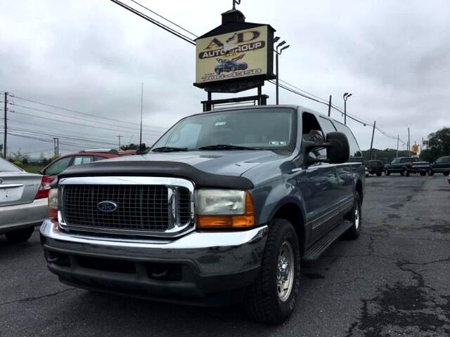 2001 Ford Excursion XLT 2WD