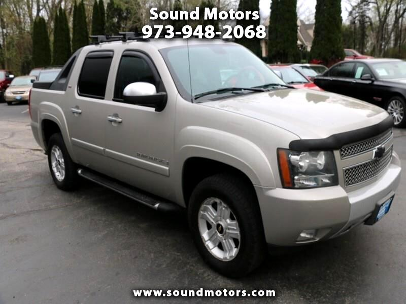 "2008 Chevrolet Avalanche 1500 5dr Crew Cab 130"" WB 4WD Z71"