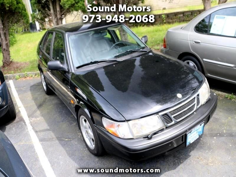 1997 Saab 900 SE Turbo sedan