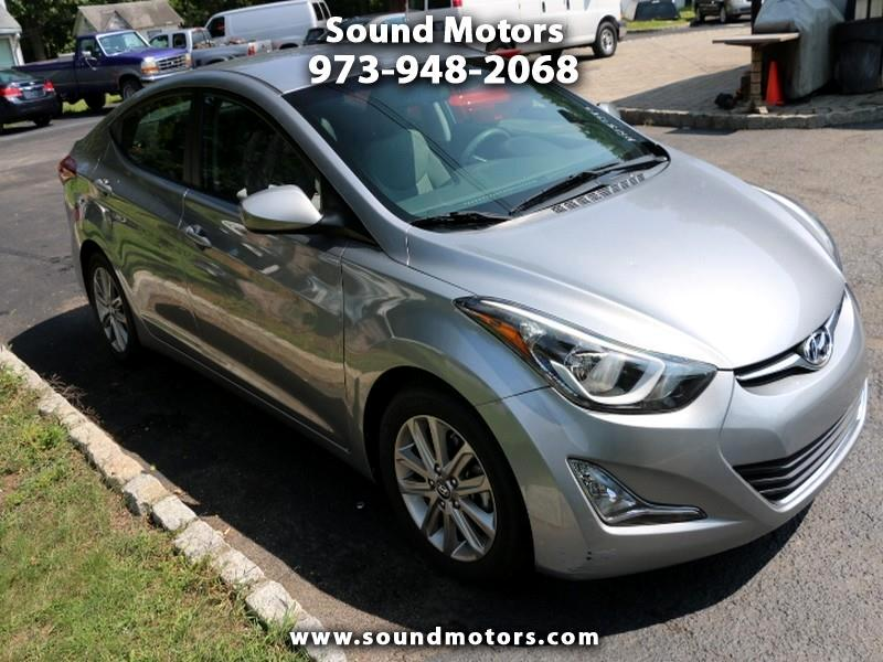 Hyundai Elantra SE 6AT 2016
