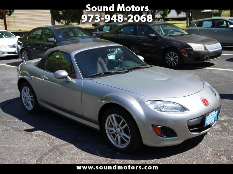 Mazda MX-5 Miata Sport 2011