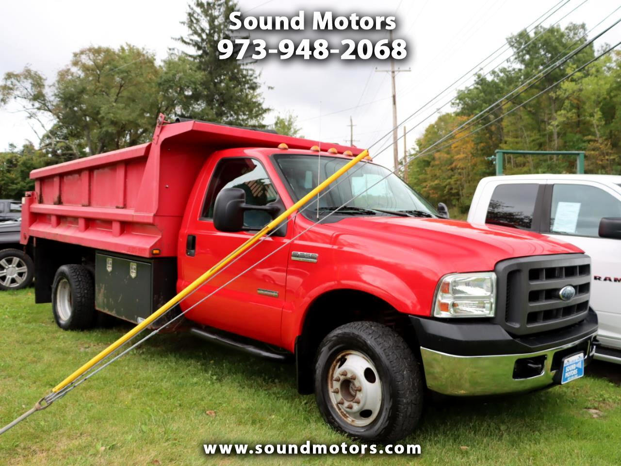 Ford F-350 SD XL 4WD DRW 2005