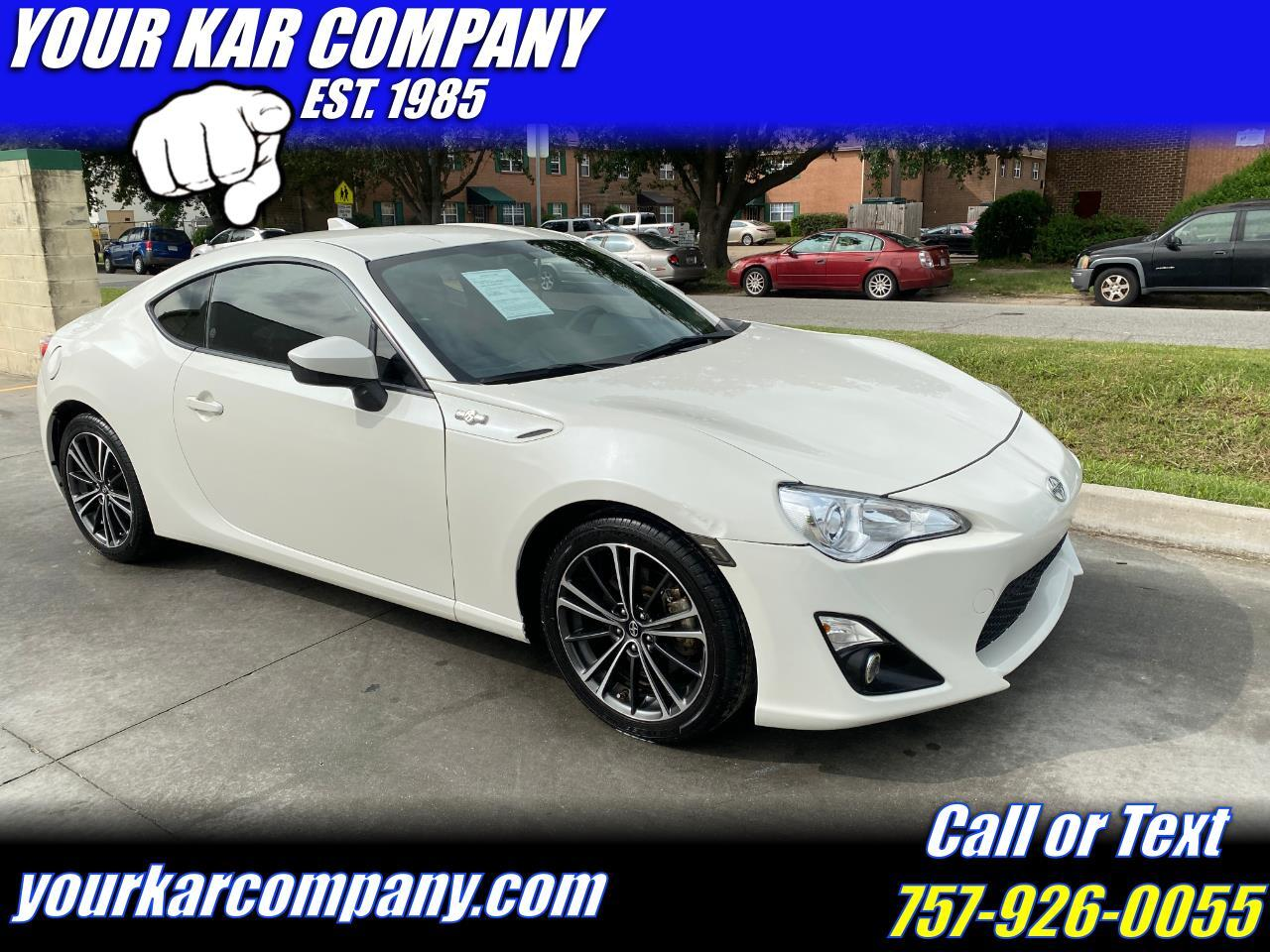 Scion FR-S 2dr Cpe Auto (Natl) 2015