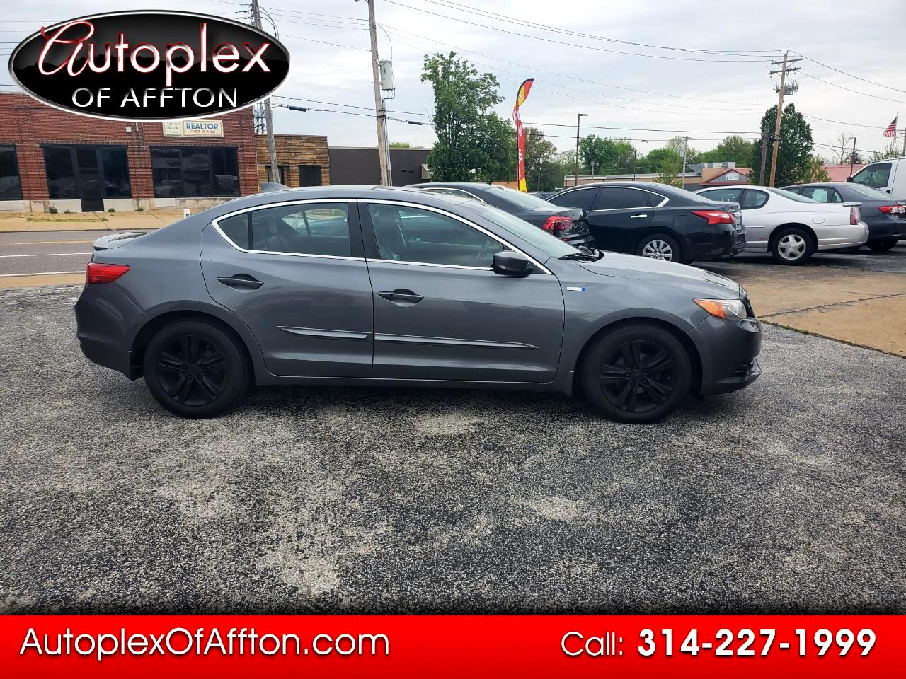 Acura ILX CVT Hybrid w/ Technology Package 2013