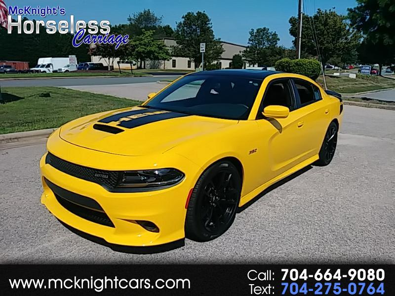 Dodge Charger Srt >> Used 2017 Dodge Charger Srt 392 In Mooresville Nc Auto Com 2c3cdxgj2hh589590