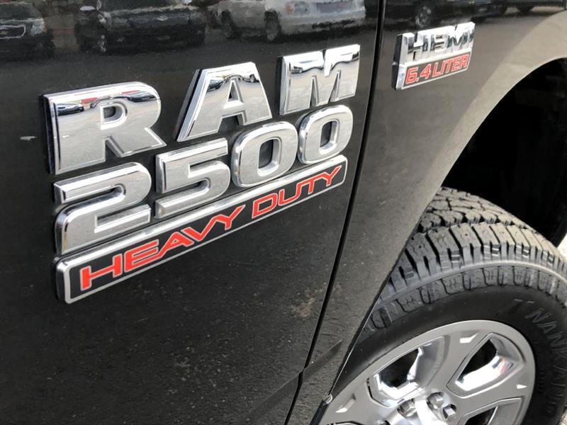2017 RAM 2500 Tradesman Crew Cab LWB 4WD
