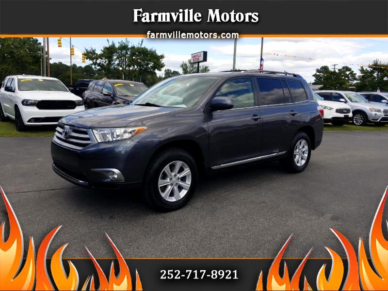 Toyota Highlander V6 4WD with Third Row Seat 2011