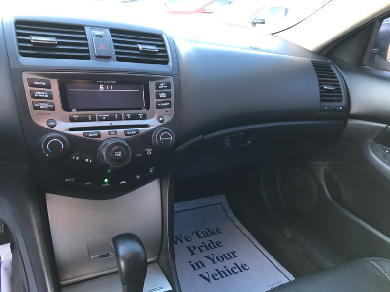 2006 Honda Accord EX V-6 Sedan AT w/ Nav System/ XM Radio