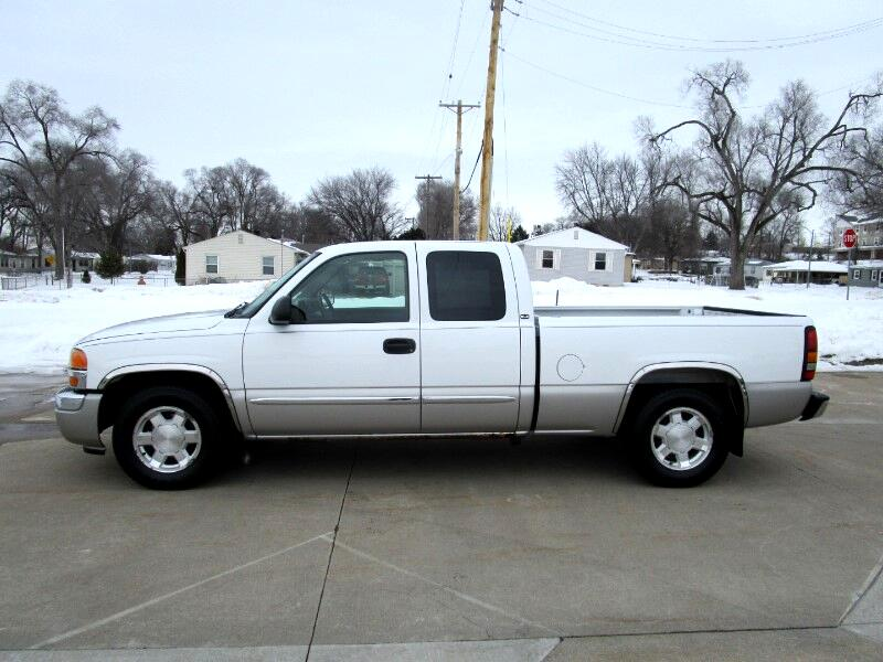 2005 GMC Sierra 1500 SLE Ext. Cab Long Bed 2WD