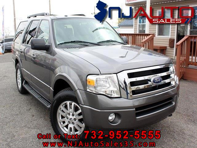 Ford Expedition 4dr XLT 4WD 2011