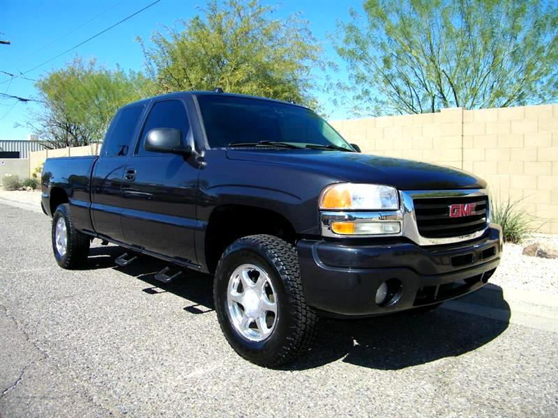 GMC Sierra 1500 SLT Ext. Cab Short Bed 4WD 2005