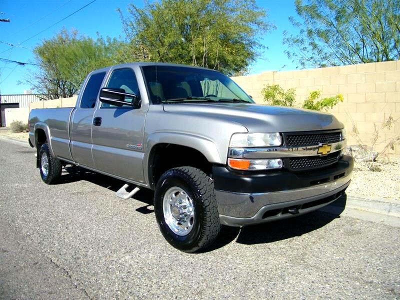 Chevrolet Silverado 2500HD LS Ext. Cab Long Bed 2WD 2002