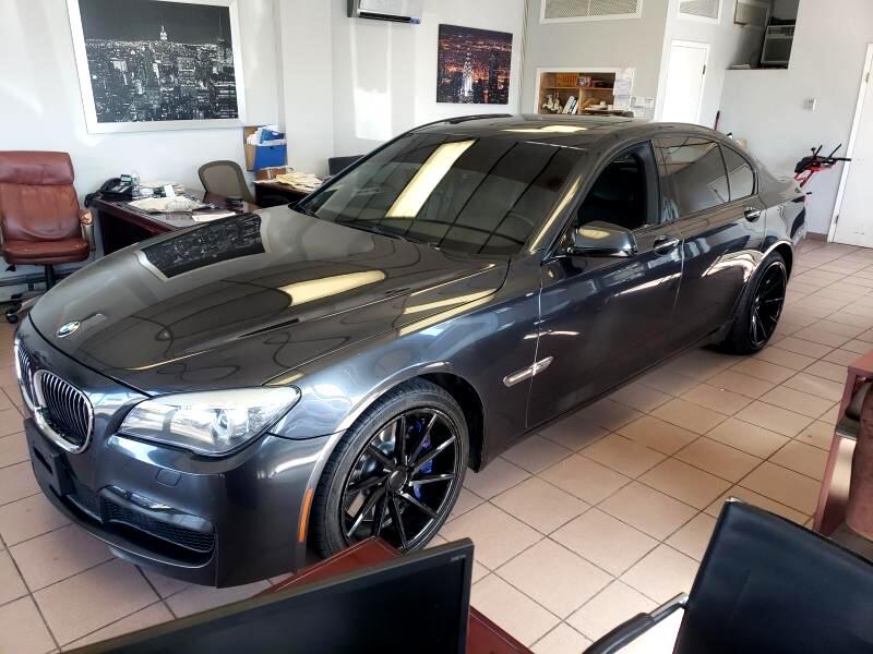 2012 BMW 7-Series 750i xDrive Sedan