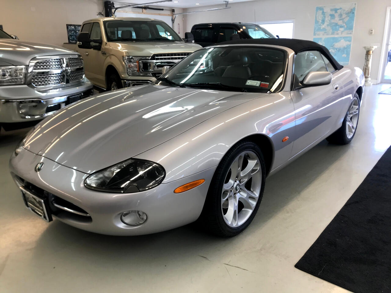 Jaguar XK-Series XK8 Convertible 2004