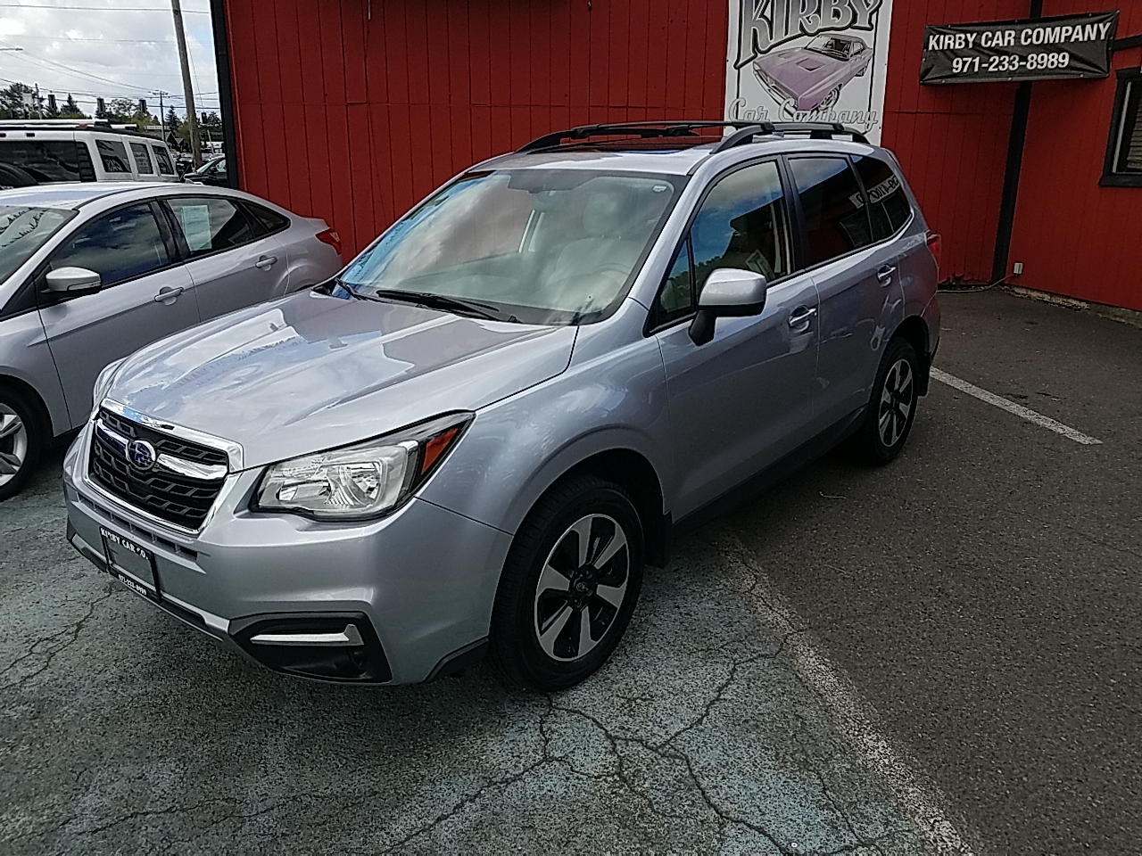 2017 Subaru Forester 2.5i Premium WARRANTY! CLEAN TITLE! PANO ROOF!