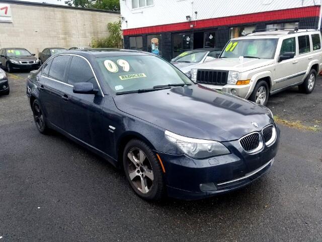 BMW 5-Series 528xi 2009