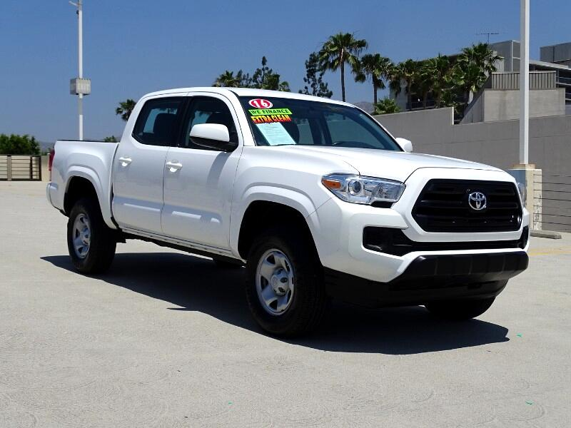 2016 Toyota Tacoma 2WD Double Cab I4 AT PreRunner (Natl)