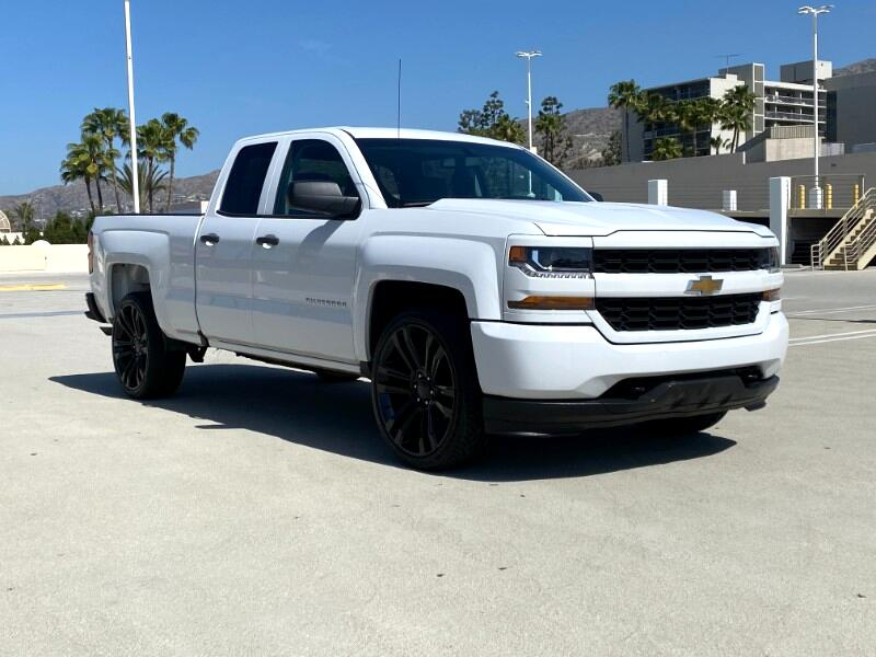"Chevrolet Silverado 1500 2WD Double Cab 143.5"" Custom 2017"