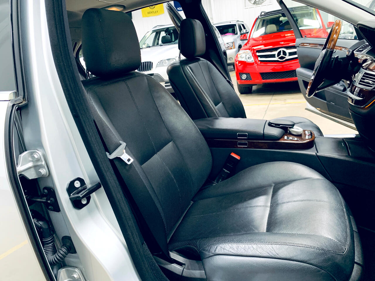 2009 Mercedes-Benz S-Class 4dr Sdn 5.5L V8 4MATIC
