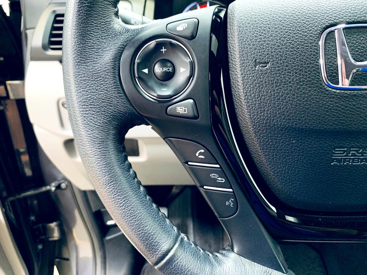 2016 Honda Pilot AWD 4dr Touring w/RES & Navi