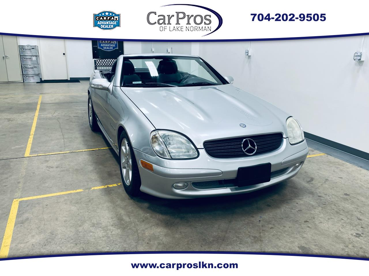 Mercedes-Benz SLK-Class 2dr Kompressor Roadster 2.3L 2002