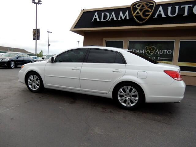 Toyota Avalon Limited 2010