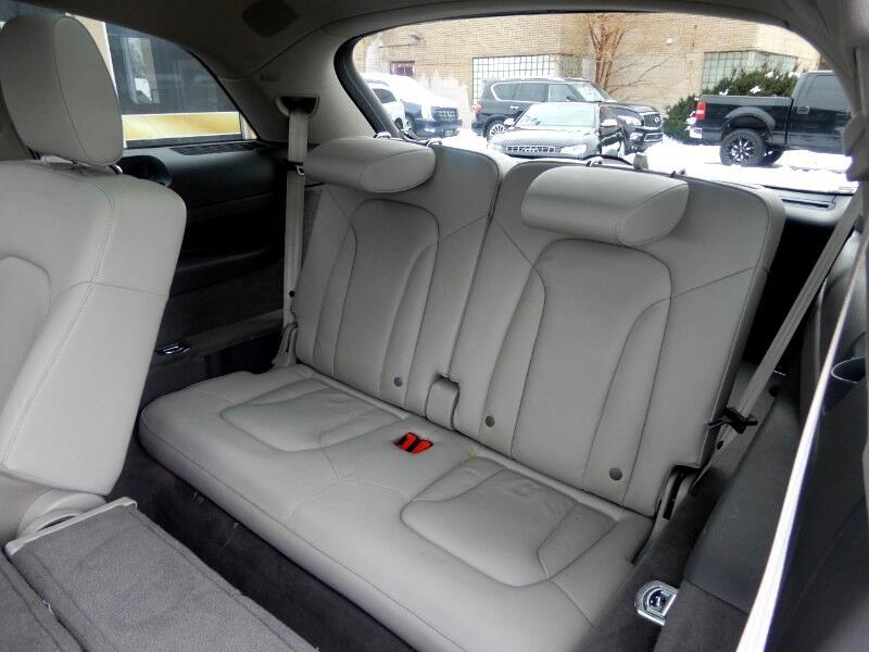 Audi Q7 quattro 4dr 3.0L TDI Prestige 2012