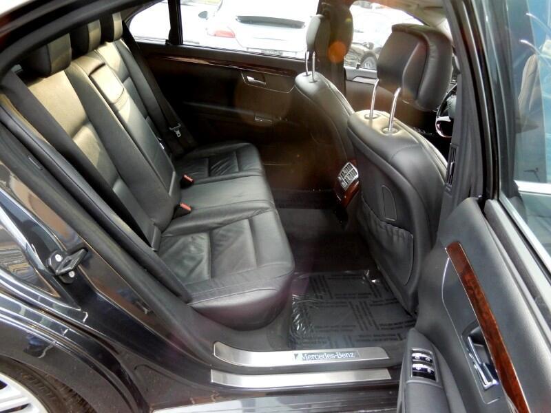 Mercedes-Benz S-Class S550 2013