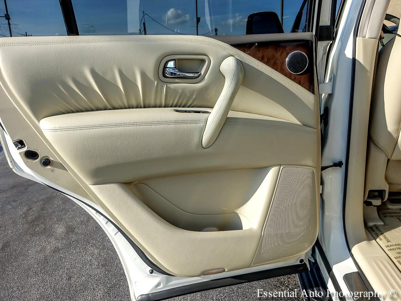 Infiniti QX56 4WD 2011