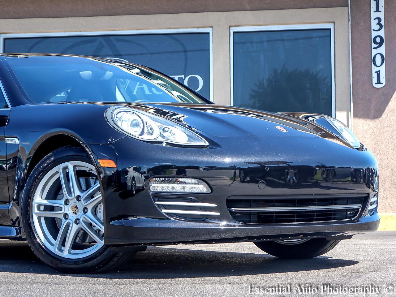 Porsche Panamera 4S 2010