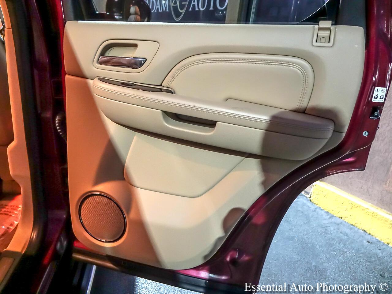 Cadillac Escalade 4WD 4dr Premium 2010