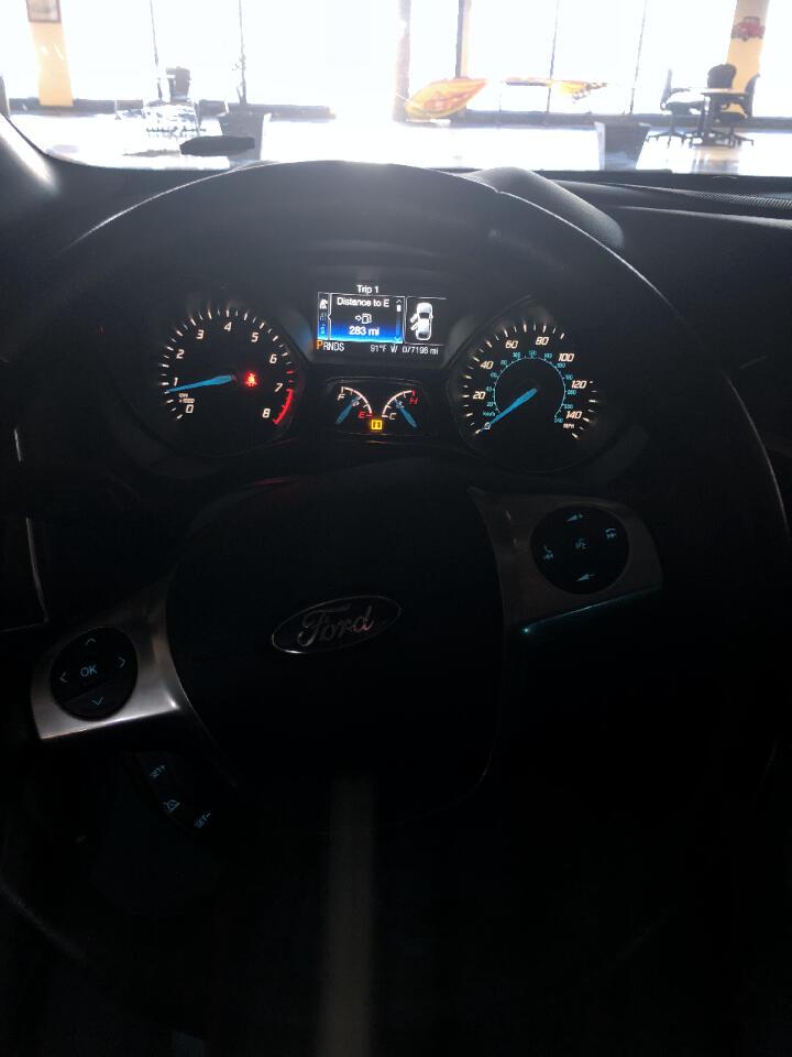 Ford Focus Titanium Sedan 2014